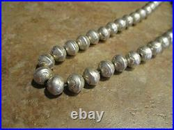 17 Vintage Navajo HAND MADE Sterling Silver PEARLS Bench Bead Necklace