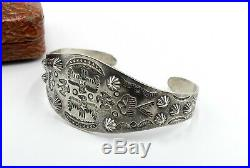 Antique hand made western native American sterling silver cuff