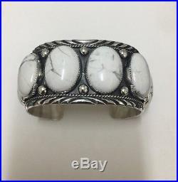 Native American Navajo Sterling Silver Hand Made white buffalo 6 stone bracelet