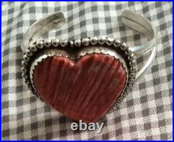 Native american bracelet Hand Made Spiny Oyster Shaped Heart
