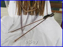 VINTAGE NATIVE AMERICAN INDIAN MADE HIGHLY DECORATED QUIVER WithARROWS COA GOOD C