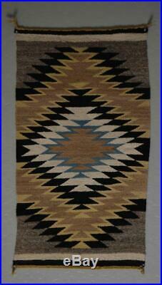 Vintage Native American Navajo Indian Hand Made Wool Ganado Rug 20 x 38